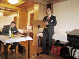 Herr Dr. Hertzsch beim Rechenschaftsbericht