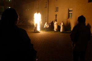 2017 - Auferstehungsfeier mit Osterfeuer