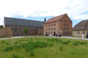 Auf dem Weg zur Klosterkirche