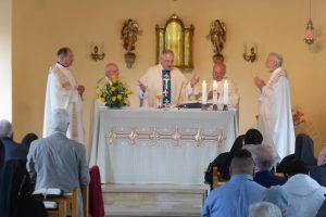 Während der Heiligen Messe