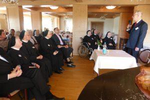 unser Vorsitzender begrüßt unseren Hochwürdigsten Bischof Heinrich Timmerevers und dankt für sein Kommen