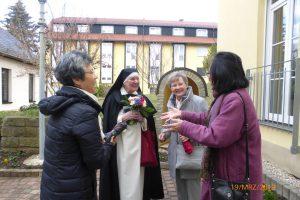 Bekannte gratulieren Schwester Christophora