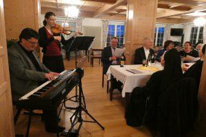 begleitet vom Chorleiter Matthias Herbig und Frau Constanze - herzlichen Dank